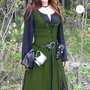 NWOT Wmn's Olive Viking/peasant/renaissance dress